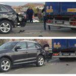 Accident în Ocna Mureș: Un TIR a distrus un autoturism Audi, după o coliziune lângă pod