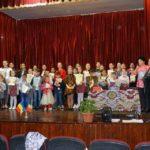 Copiii ocrotiți în așezămintele și centrele de zi din Ocna Mureș, Războieni și Silivaș demonstrează că sunt creativi şi sensibili