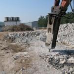 Unele clădiri aflate în proprietatea Primăriei Ocna Mureș si care se află într-o stare avansată de degradare vor fi demolate