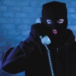 """Un bărbat din Ocna Mureș țepuit prin metoda """"premiului oferit de o companie de telefonie"""" cu 8.000 de lei"""