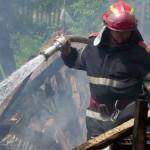 Anexă gospodărească mistuită de flăcări, la Noșlac