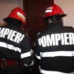 Intervenție a pompierilor din Aiud pentru deblocarea ușii unui apartament din Ocna Mureș