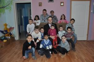 poze-centru-copii-Ocna-Mures-cadouri-ziua-copilului-2014