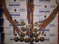 """Elevii cu rezultate deosebite la învățătură de la Liceul Teoretic """"Petru Maior"""", premiați la """"Gala tinerilor ocnamureșeni"""""""