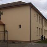 """Prin eforturi proprii Elevii de la Şcoala Gimnazială """"Gheorghe Maier"""" Unirea se bucură de o sală de sport modernizată"""