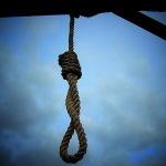 Trupul unui bărbat din Ocna Mureș care s-a spânzurat acum 5 zile descoperit de un vecin