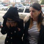 O tânără din Ocna Mureș, suspectată că ar fi înșelat zeci de persoane pe internet, a fost reținută de polițiști