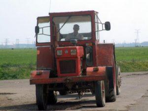 tractor-utb
